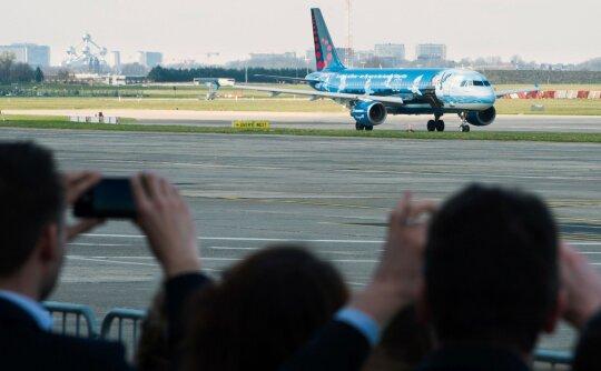 Iš Briuselio oro uosto kyla lėktuvas