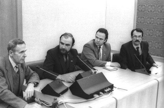 Žmogus, turėjęs užimti Landsbergio vietą: didžiausias gyvenimo nuopuolis ir mįslinga sūnaus mirtis