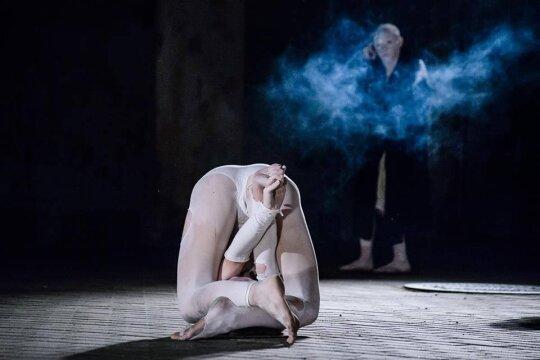 """Buto teatro """"Okarukas"""" spektaklis """"Hereafter"""""""