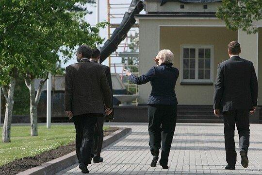 Dalia Grybauskaitė su palyda