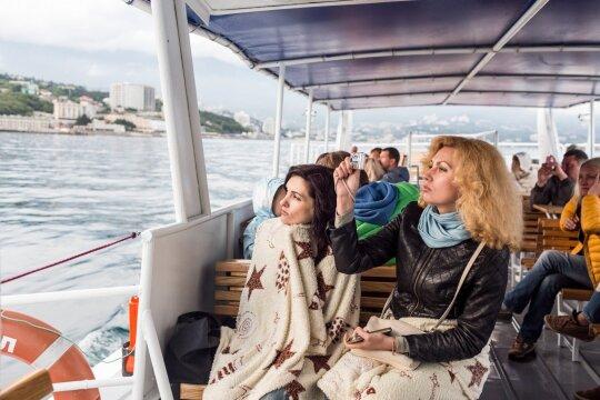 В Ялте - изменившиеся цены, сожженные паспорта и Олины мечты