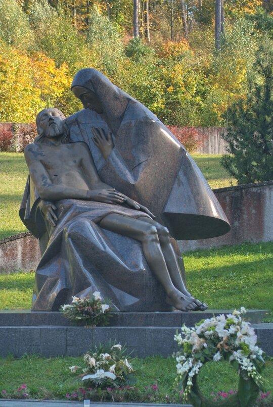 Antakalnio karių kapinės
