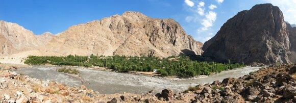 Pandži upės slėnis Tadžikistano ir Afganistano pasienyje