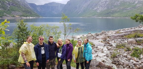Aukso komanda: Justina, Edvard, Kristupas, Gabrielė, Eglė, Romena ir Austėja