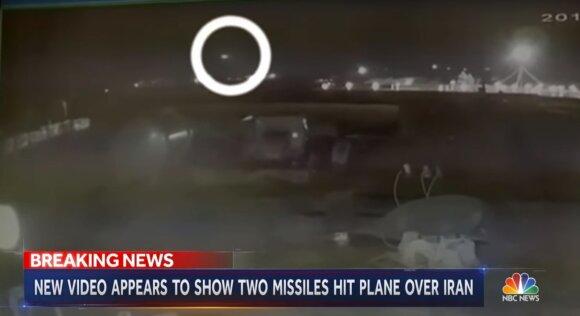 Ukrainos laineris numuštas dviejų raketų