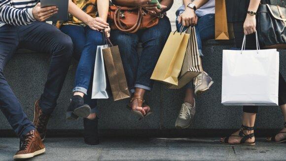 """""""Outletai"""" keičia rinką: pirkėjus vilioja prabangūs prekės ženklai ir mažesnės kainos"""