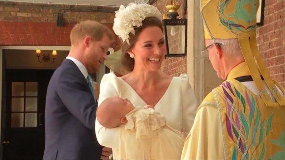 Pakrikštytas mažasis princas Louisas: privati ceremonija buvo apipinta karališkosiomis tradicijomis