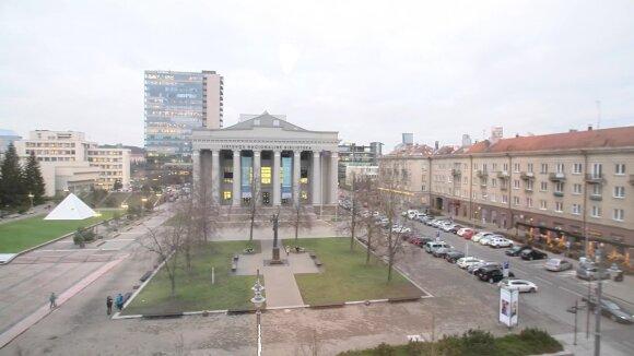 Apartamentus Seimo viešbutyje aprodęs Puidokas skundžiasi sąlygomis ir krentančiais stalčiais: daugelis lietuvių geriau gyvena