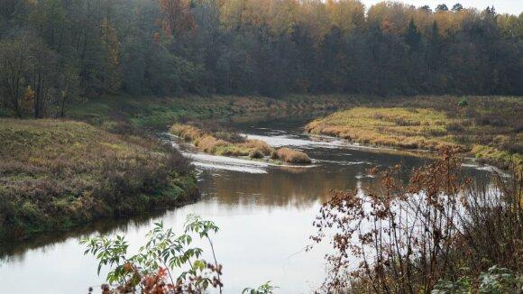Šešupės upė spalio pabaigoje