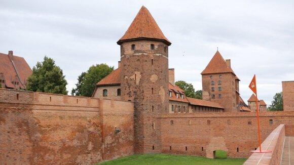 Kelionė po Lenkijos pilis, kuriose buvo rezgami planai prieš Lietuvos kunigaikščius