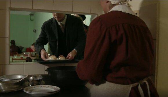 Stepono Dariaus šeimos valgykla Čikagoje, kadras iš filmo