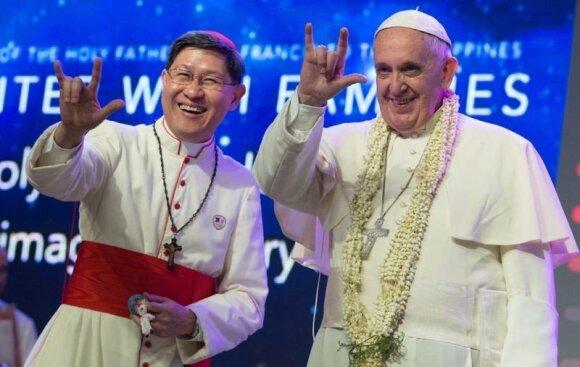 """Popiežius Pranciškus (AP nuotrauka, kuri žaibiškai išplito """"Facebook"""" tinkle)"""
