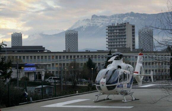 Michaelis Schumacheris po nelaimės kalnuose skubiai nuskraidintas į ligoninę
