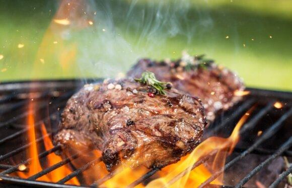 Užkalnis: kepdami mėsą lauke mes švenčiame laisvę