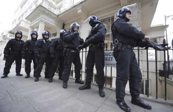 Ko labiausiai bijo JK valdžia? Kilus smurto proveržiui, pasekmės būtų baisios