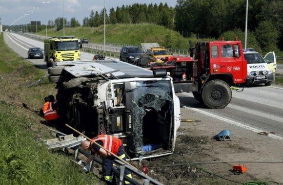 Литовский автобус в Норвегии попал в аварию: ранены 16 китайцев