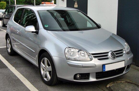 5 kartos Volkswagen Golf / M 93 nuotr.