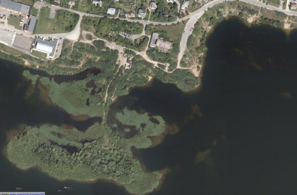 Lampėdžio ežero pakrantė ties V. Matijošaičio įmonės valdomais sklypais (istorinė nuotrauka)