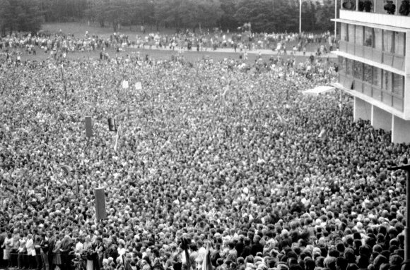 Mitingas Vingio parke 1988 m.