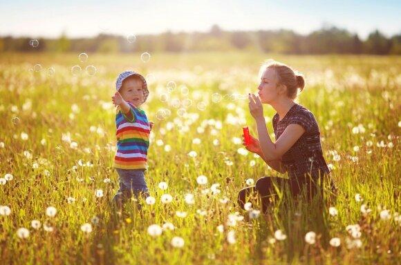Tėvų išmonė beribė: tarp rečiausių vardų Vaidrius, Džema ir Ripsimėja