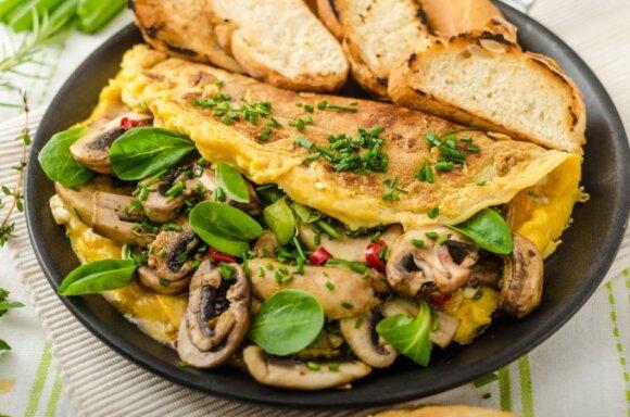Devyni greiti kiaušinių pusryčiams variantai