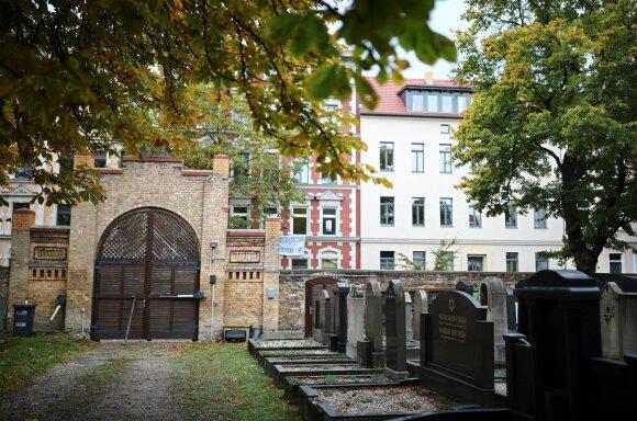 Kapinės Halėje šalia sinagogos