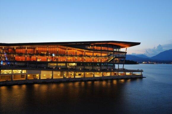 Vankuverio Konvencijų centras, pastatytas žiemos olimpiados proga, turi patį aukščiausią LEED Platinum energinio efektyvumo sertifikatą