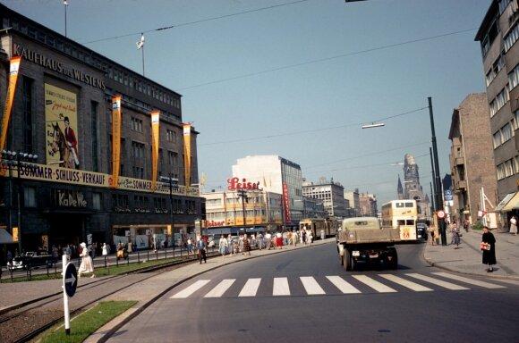 """Prekybos centras """"KaDeWe"""" 1957"""