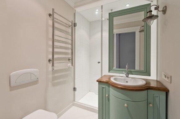 Svajonių bute - erdvi drabužinė ir du vonios kambariai