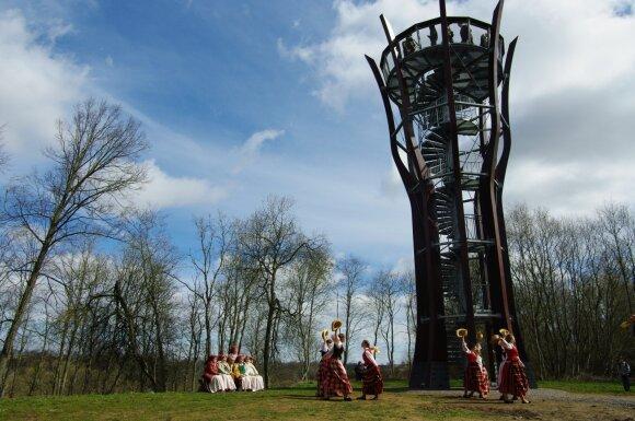 Jurakalnio apžvalgos bokštas - vienas lankomiausių objektų