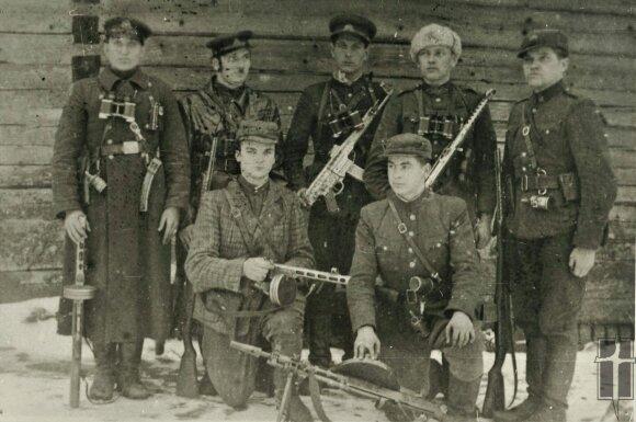 Pietų Lietuvos srities atstovai pakeliui į partizanų vadų susitikimą, Okupacijų ir laisvės kovų muziejaus nuotr.