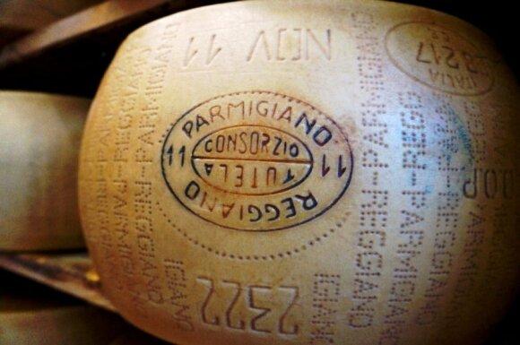 Parmezanas - štai kuo kvepia Italija!
