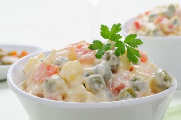 Lietuvių pamėgtą mišrainę vadina tikra kalorijų bomba: ingredientai, kurių geriau vengti, arba dėti mažiau