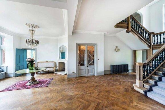 """<span style=""""color: #ff0000;"""">Įžymybės namai:</span> Oskaro laimėtojos vila už 4 mln. eurų"""