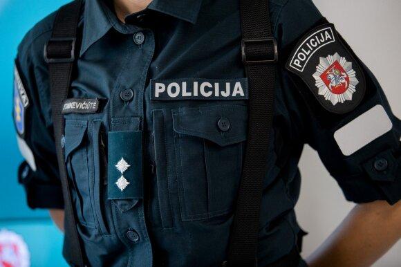 Policijos pareigūnas: 15-metis mus iškvietė, nes mama nenupirko naujo telefono