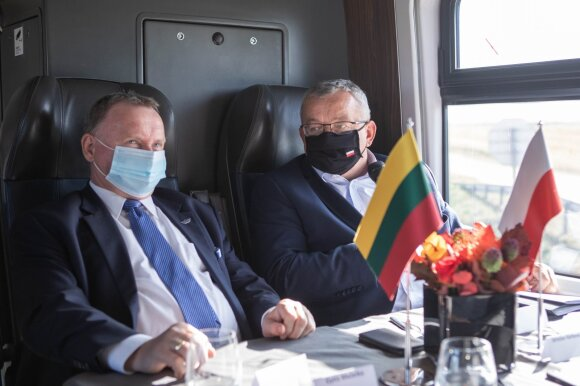 """Prieš """"Rail Baltica"""" nukreipta propaganda itin suaktyvėjo Kauno geležinkelio mazge apsilankius Lenkijos Infrastruktūros ministerijos delegacijai (LTG nuotr.)"""