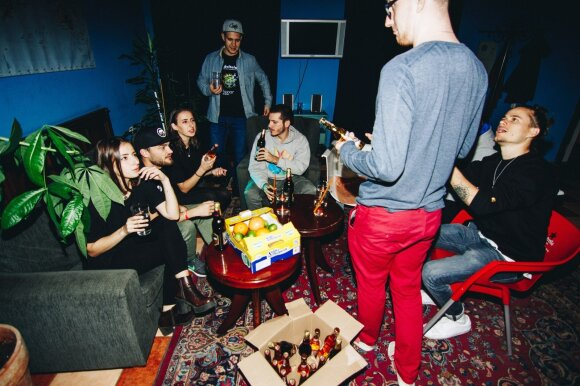Vakarėlis hostelyje