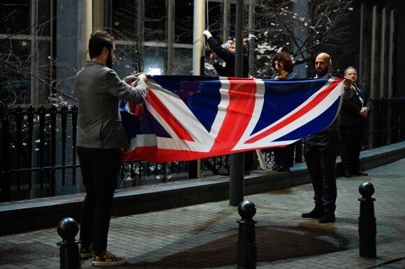 Europos Parlamentas ir ES Taryba nuleido Britanijos vėliavas