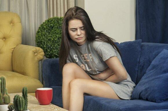 Merginai skauda pilvą