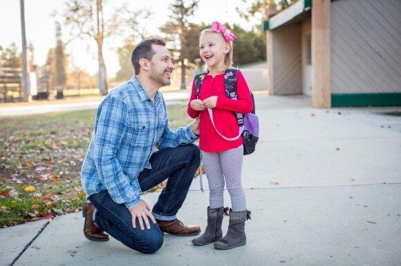 Šitaip girdami vaikus darote jiems meškos paslaugą: kokie žodžiai stabdo progresą?