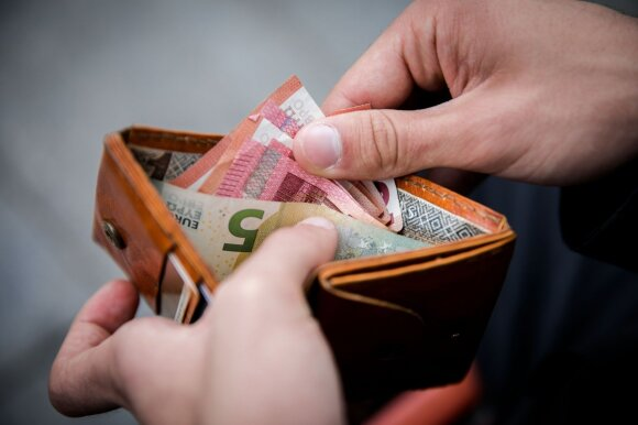 Galvos skausmas dėl pensijos: kas nutiks su mano sukauptais pinigais, jei ilgės pensinis amžius
