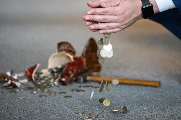 Briuselis užbėrė druskos ant Lietuvos žaizdos: jei niekas nesikeis, gresia degradacija