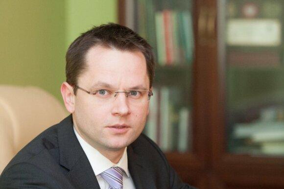 A.Butkevičius: kultūros viceministras paskubėjo su pareiškimais apie dvikalbius užrašus