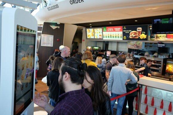 """Gruzijoje lietuvis surado įspūdingiausią """"McDonalds"""" restoraną: čia plūsta visas pasaulis"""