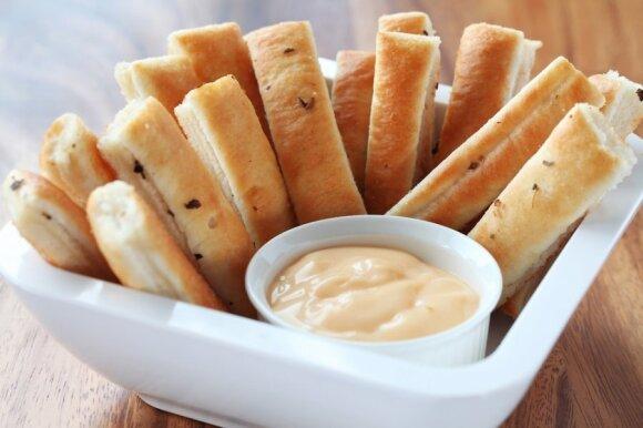 Mėgstate sūrį ir drąsiai dedate jį ant stalo? Viskas, ką turėtumėte žinoti
