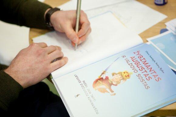 Knygą vaikams apie Žygimantą Augustą parašę autoriai: didžiuoju Lietuvos kunigaikščiu jis tapo būdamas vos 9 metų