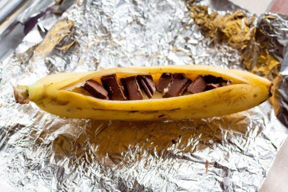 Bananų desertas su šokoladu