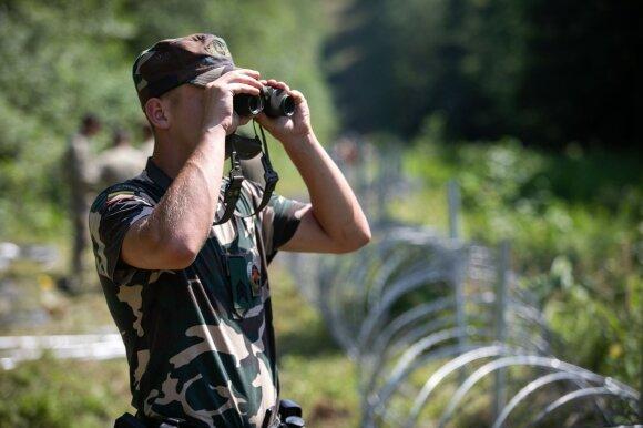 Nausėda: kariams pasienyje bus suteikiami papildomi įgaliojimai