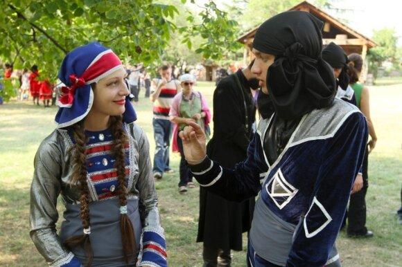 Šalis, kurioje jus pasitiks šilti žmonės ir ilgaamžės tradicijos