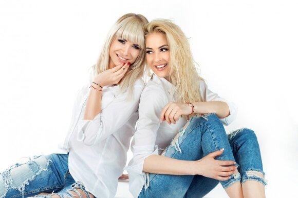 Natalija ir Kristina pristatė savo pačių kurtas apyrankes